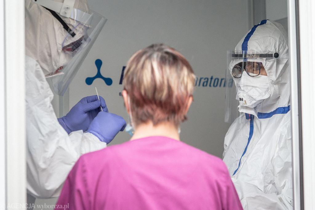 Ministerstwo Zdrowia zaktualizowało informacje o przypadkach koronawirusa w Polsce (zdjęcie ilustracyjne)