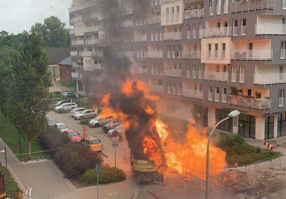 Wrocław. Pożar gazociągu przy ul. Dmowskiego