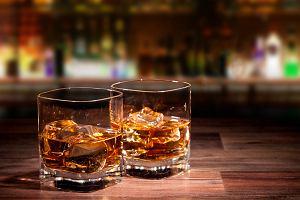 Drinki z whisky - przepisy, proste drinki na bazie whisky