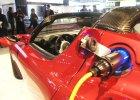 Tesla zachwyca wynikami i buduje wielką fabrykę akumulatorów