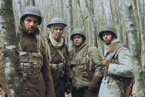 Samy Naceri (pierwszy od lewej) w filmie
