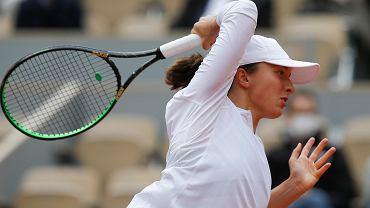 Iga Świątek przegrywa z liderką WTA! Znakomity mecz w Madrycie