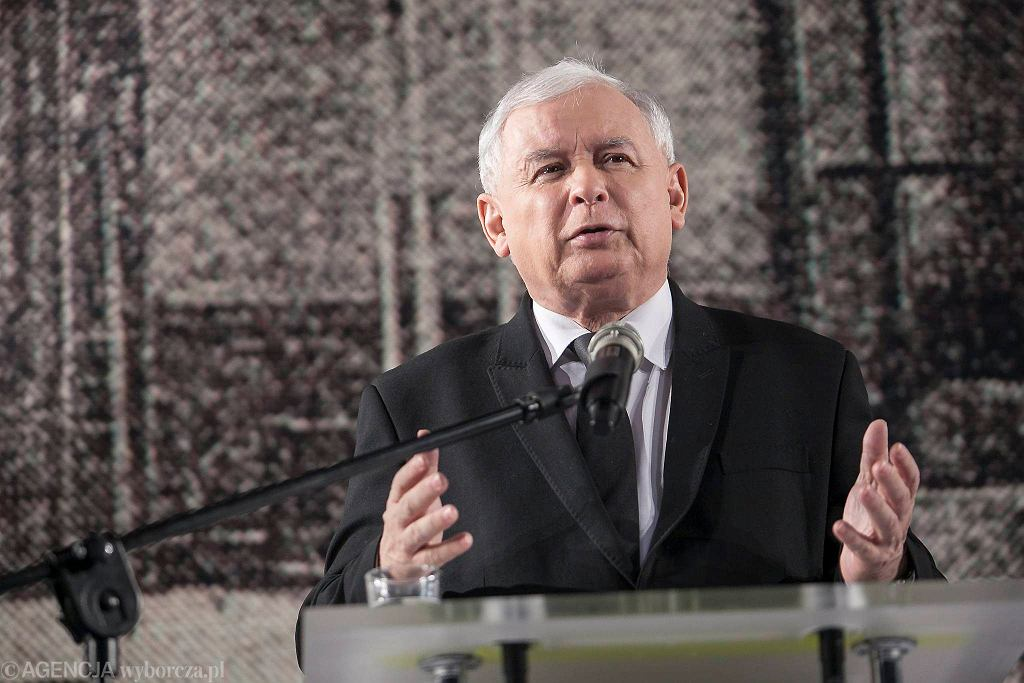 Jarosław Kaczyński chce, żeby NBP finansowało niskooprocentowane kredyty dla innych banków. Suma to 350 mld zł.