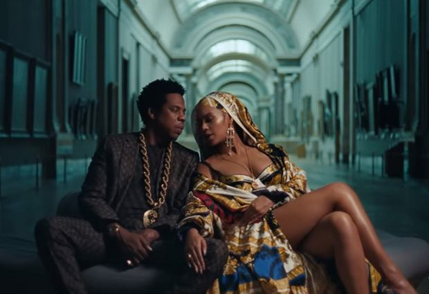 Jay-Z i Beyonce w teledysku 'Apeshit'