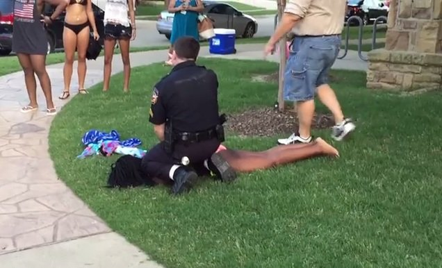 Brutalna interwencja policjanta w McKinney