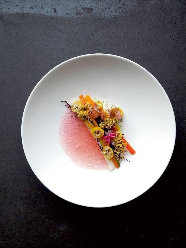 Amsterdam, choć restauracja Choux nie jest wegetariańska, warzywa i owoce przeważają w menu