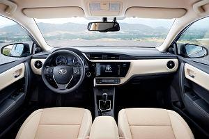 Toyota | Wyprzedaż rocznika 2016
