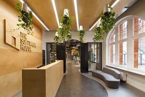 Ciekawe miejsca: dawna poczta zamieniona w nowoczesne biuro. Przestrzeń do kreatywnej pracy i odpoczynku