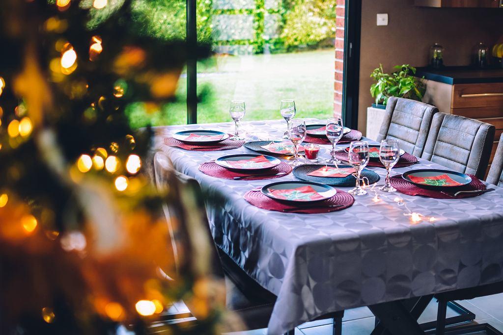 Sałatki bożonarodzeniowe. Trzy przepisy na pyszne, świąteczne sałatki (zdjęcie ilustracyjne)