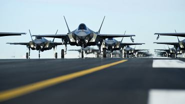 'Marsz słoni' w wykonaniu F-35