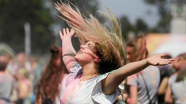 Festiwal Kolorów na stadionie Korona