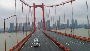 Opustoszałe ulice Wuhan