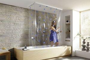 Kolorowe zasłony prysznicowe