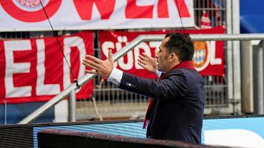 Dyrektor sportowy Bayernu Hasan Salihamidzić żąda od kibiców z Monachium, by zdjęli nienawistny transparent