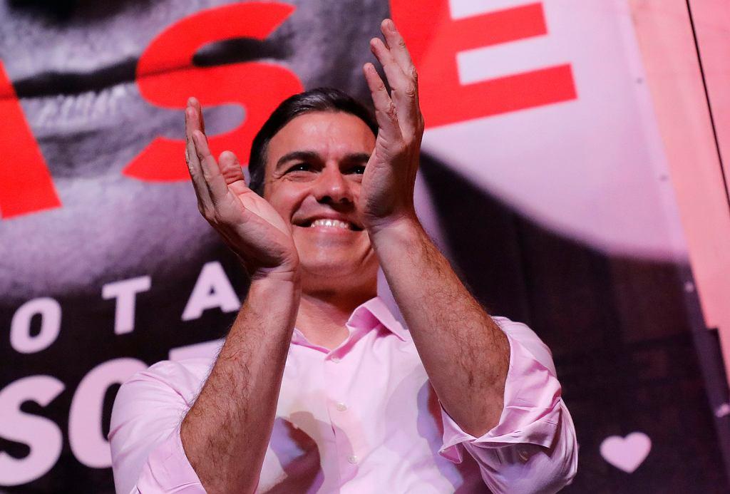 Premier i szef socjalistów Pedro Sanchez