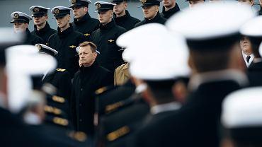 Minister MON Mariusz Błaszczak podczas obchodów 101. rocznicy utworzenia Marynarki Wojennej RP, 28 listopada 2019 r.