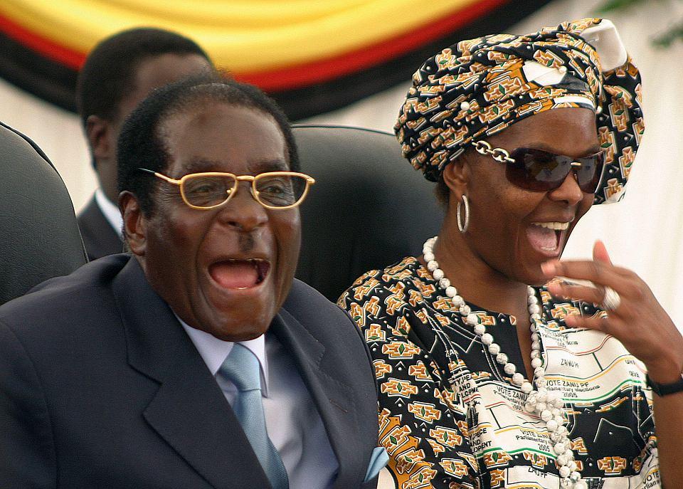 Prezydent Zimbabwe Robert Mugabe z żoną Grace w 2008 roku
