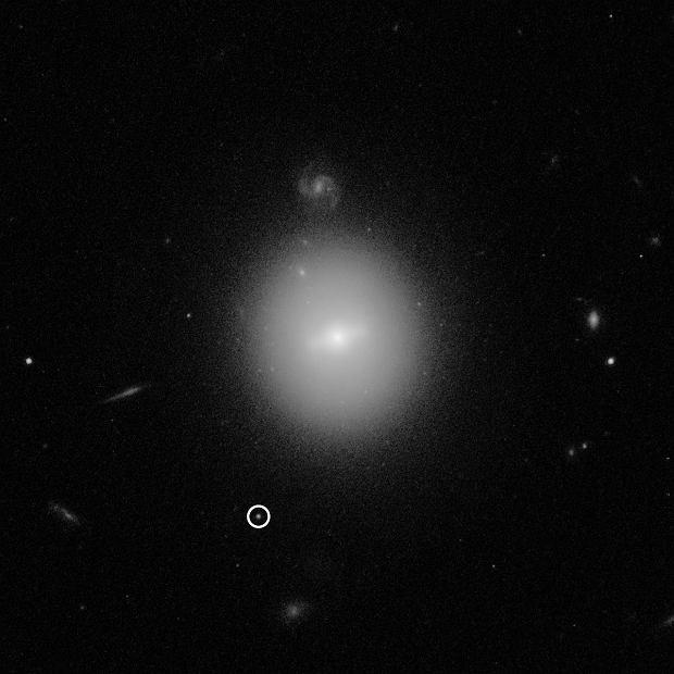 Teleskop Hubble'a znalazł czarną dziurę o masie 50 tys. Słońc w niespodziewanym przez naukowców miejscu