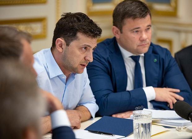 Prezydent Ukrainy Wołodymyr Zełenski, z prawej strony Andrij Bohdan
