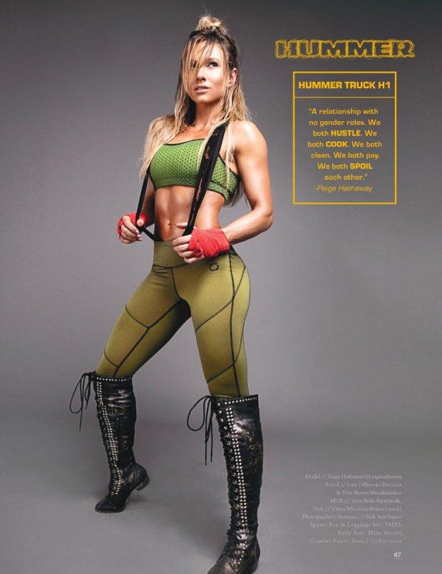 Hummer H1 i Paige Hathaway
