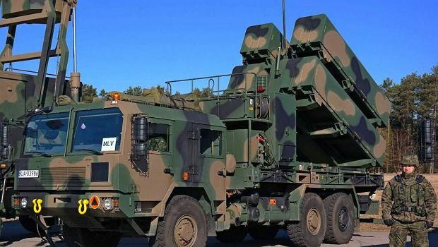 Wyrzutnia i radar wchodzące w skład Morskiej Jednostki Rakietowej. Najpotężniejszy i najnowocześniejszy oręż polskiej floty