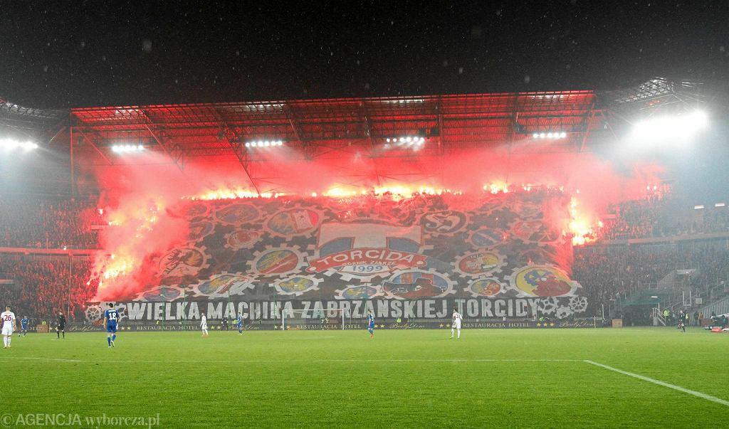 Stadion Górnika podczas meczu z Ruchem