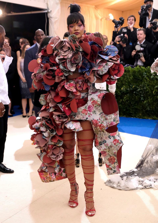 Rihanna teraz się umawia