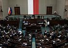 """Pułapka na firmy korzystające z """"tarczy"""". Sejm poprawia przepisy"""