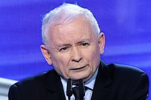 """Kaczyński dla """"Wprost"""". Prezes PiS wysyła Polki po aborcję za granicę"""