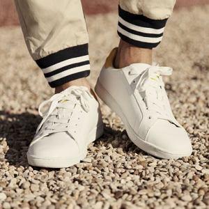 Buty i spodnie z kolekcji Springfield