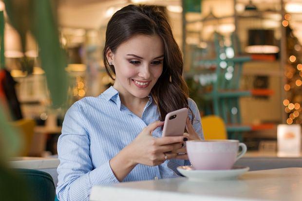 Tinder planuje rewolucję. Tylko kobiety mogą rozpocząć rozmowę/Pixabay.com