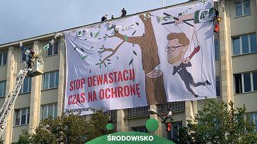 Warszawa. Protest Greenpeace na budynku Ministerstwa Środowiska