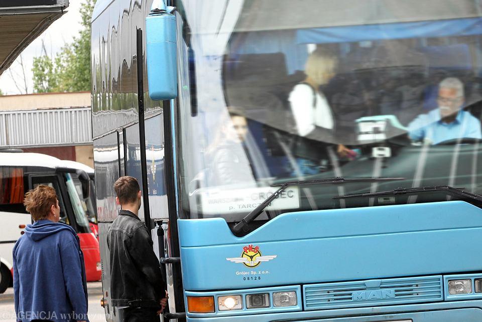 Zdjęcie numer 12 w galerii - Transport nad przepaścią. Tylko szybkie działania uratują resztkę połączeń poza miastami