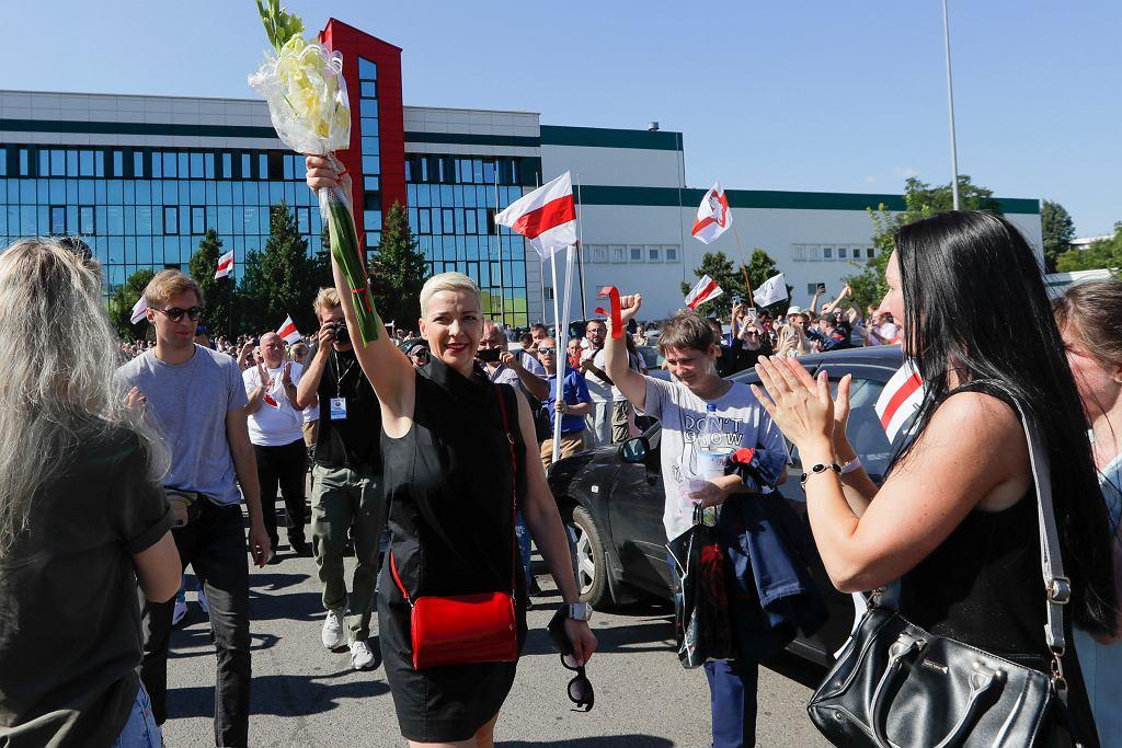 17.08.2020, Mińsk, Maryja Kalesnikawa w fabryce traktorów