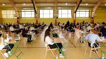 Wyniki egzaminu ósmoklasisty. Uczniowie najgorzej poradzili sobie z matematyką