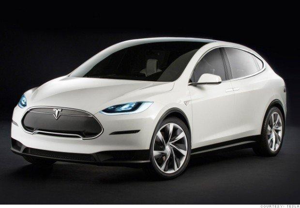 Tesla X 2015 | SUV ze skrzydłami