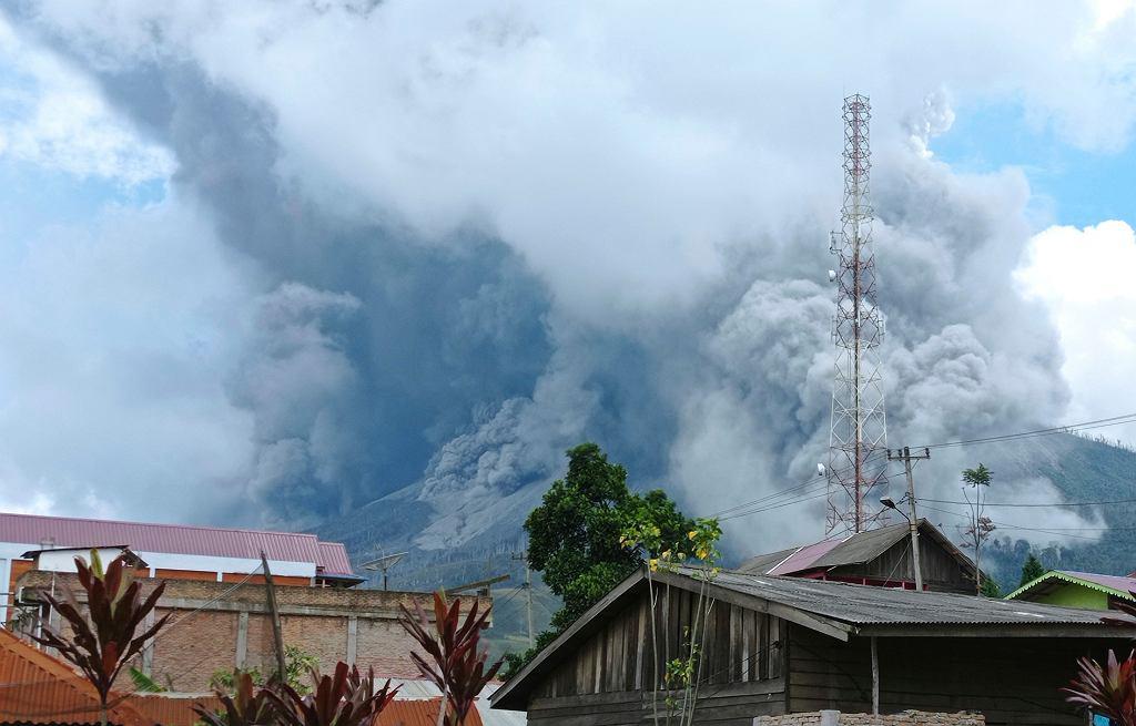 Wybuch wulkanu Sunabung w Indonezji