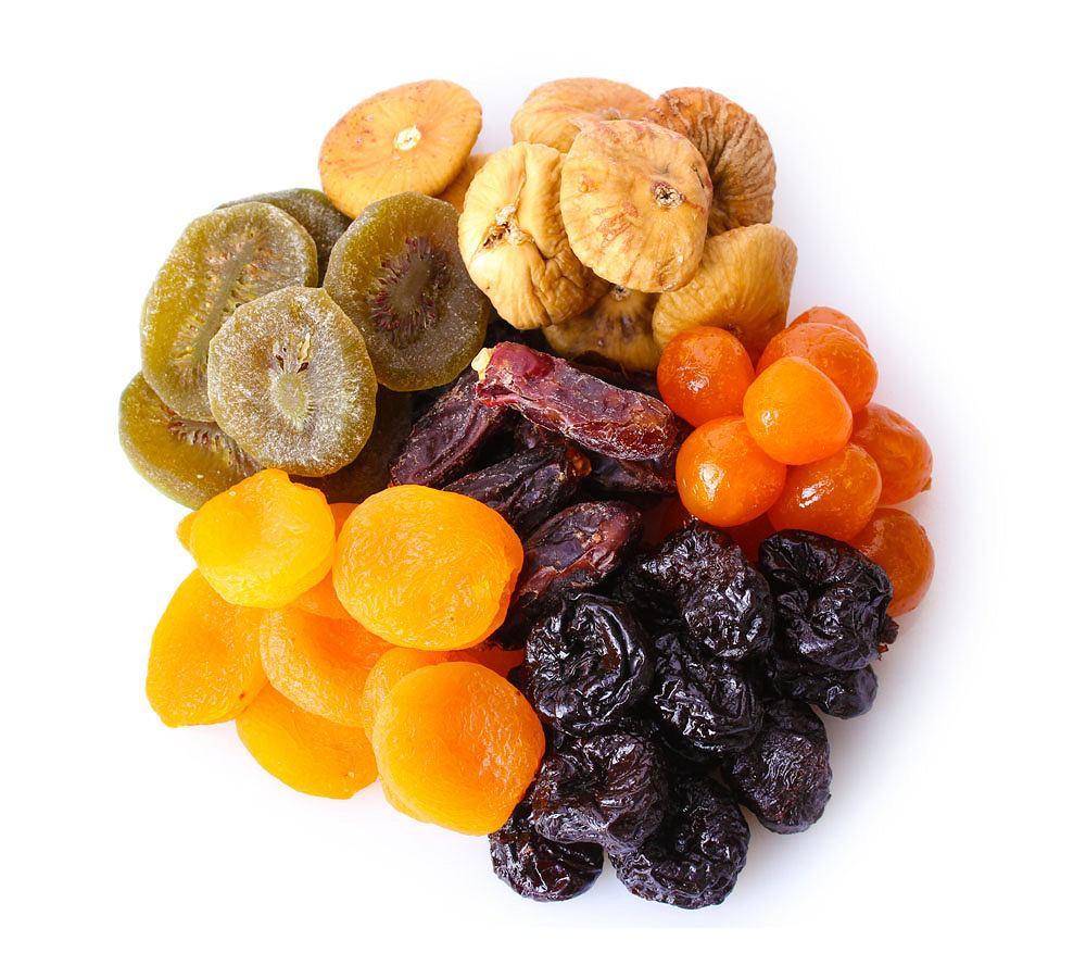 Suszone owoce to produkt wysokowęglowodanowy, wysokocukrowy.