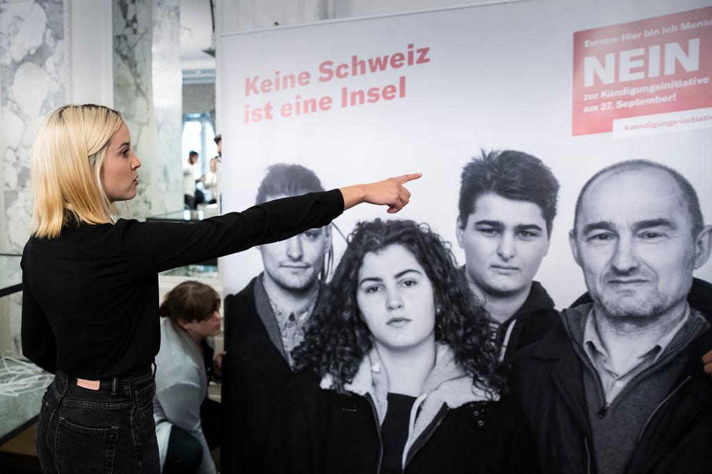 Szwajcaria. Laura Zimmermann z inicjatywy Operacja Libero, sprzeciwiającej się pomysłowi zniesienia swobody przepływu osób z UE.
