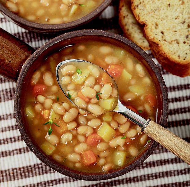 Zupa fasolowa na maśle