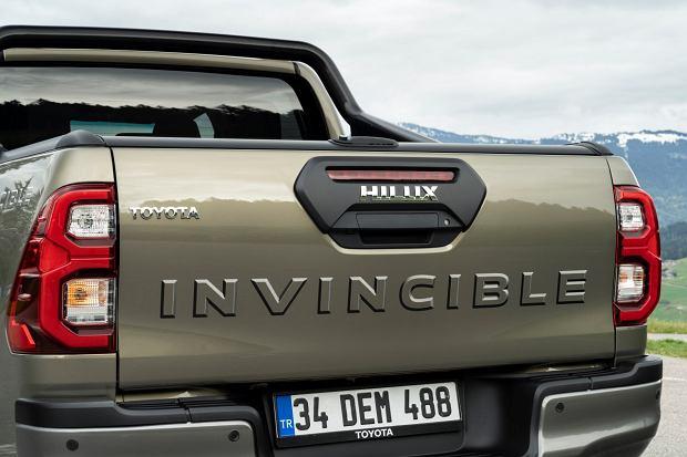 Toyota Hilux Invincible 2020