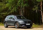 Opinie Moto.pl: Volkswagen Tiguan 2.0 TDI vs. Volvo XC60 B4. Starcie bestsellerów