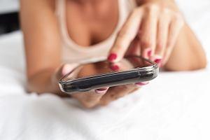 Sexting: istota i zagrożenia. Co na to prawo?