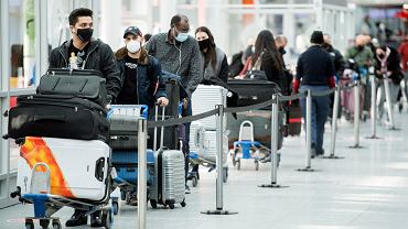 Chaos na lotnisku Heathrow. Setki pasażerów chcą zdążyć przed zakazem lotów