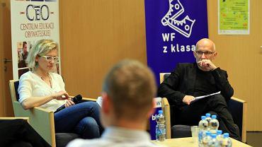 Piotr Pacewicz i Aleksandra Gołdys podczas debaty WF z Klasą