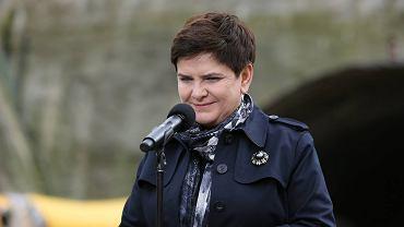 Premier Beata Szydło w  Lubieniu na budowie 'zakopianki'