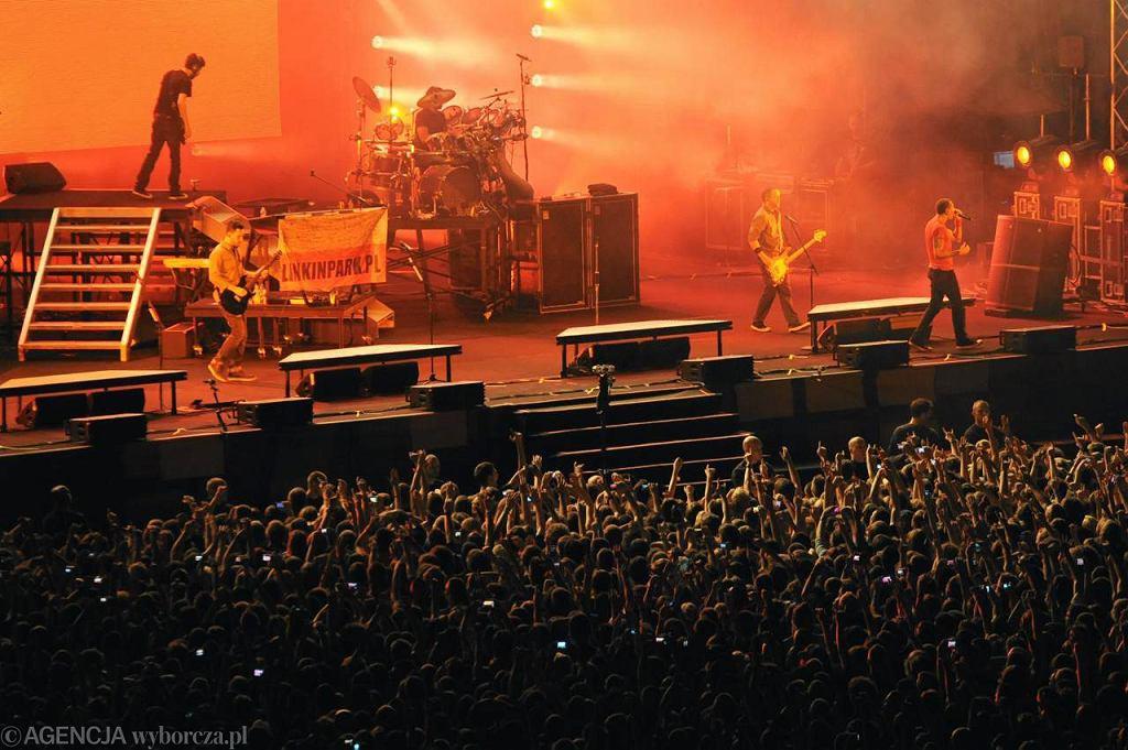 Fani podczas koncertu Linkin Park