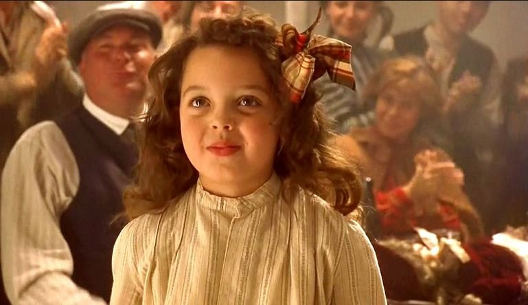 Alex Owens-Sarno w 'Titanicu'