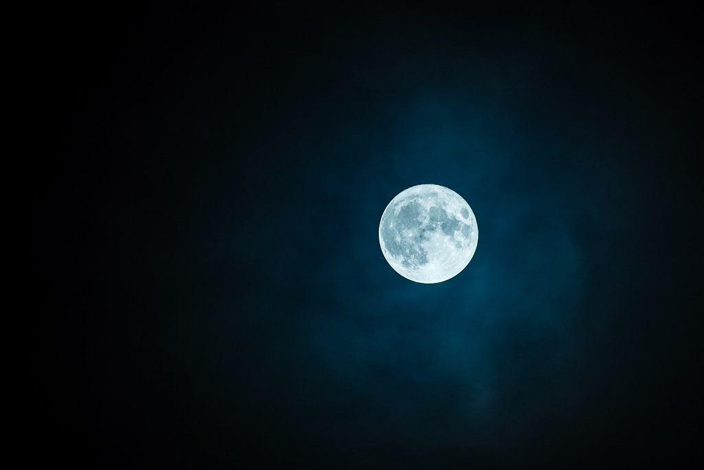 Pełnia Księżyca - zdjęcie ilustracyjne