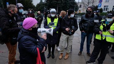 Protest 'Murem za Bodnarem! Przeciw rządom PiS' pod Sejmem